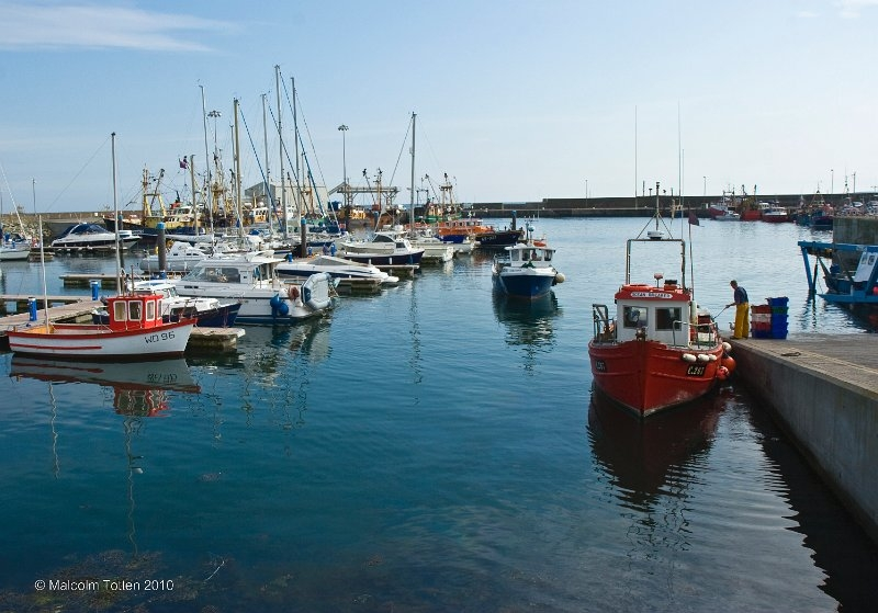 tying-up-at-kilmore-quay-co-wexford
